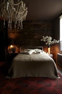 6 UK Designed Room